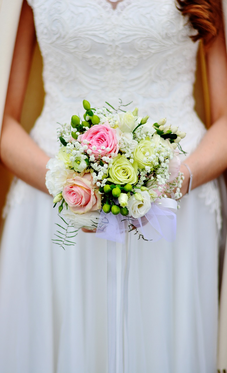 bridal-bouquet-3323903_1280
